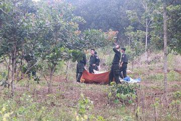 Thực nghiệm hiện trường vụ nổ súng tranh chấp đất, 3 người chết
