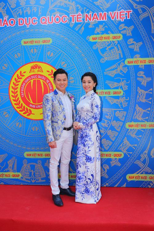 Sơn Tùng M-TP hát HIT mới khánh thành trường Nam Việt 2