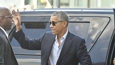 Obama thu hút với kiểu trang phục mới