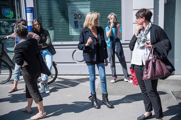 Rám nắng, săn chắc: Sức hút đệ nhất phu nhân Pháp