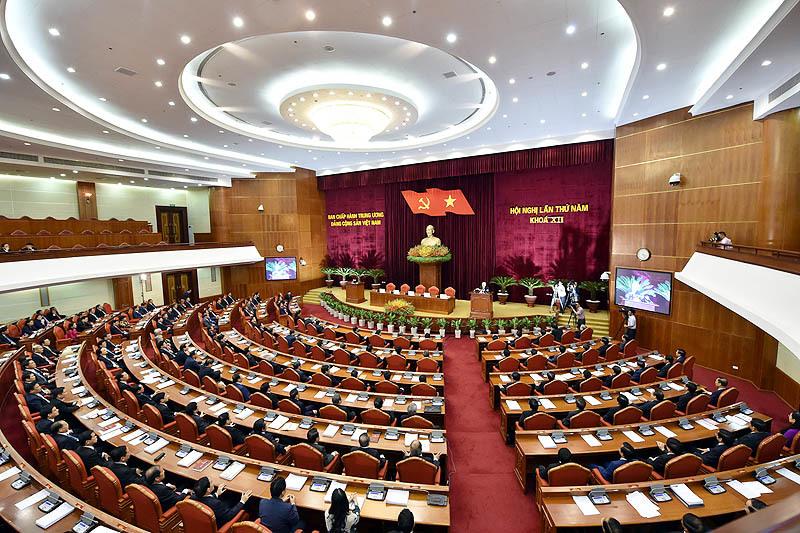 Bế mạc hội nghị Trung ương 5