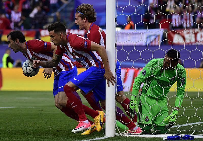 Dư âm Atletico 2-1 Real: Simeone sao lại dâng vé cho Kền Kền?