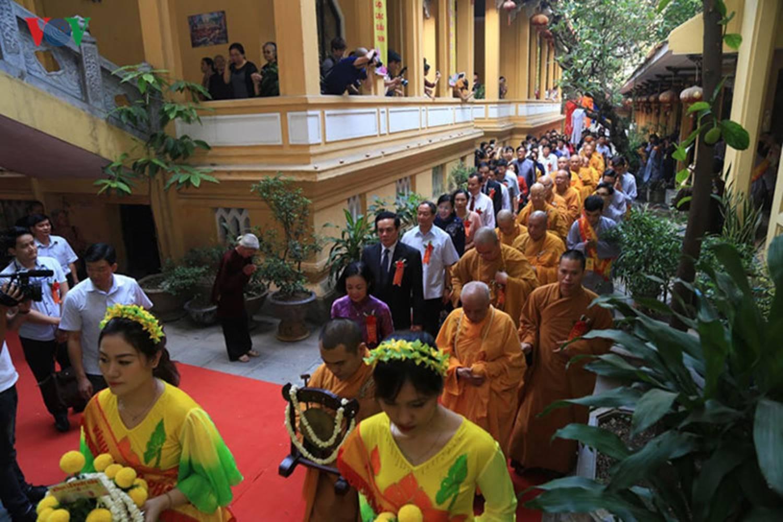 Phật đản năm 2017, Phật tử, Phật giáo, chùa Quán Sứ