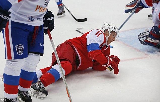 Tổng thống Nga, Vladimir Putin, khúc côn cầu