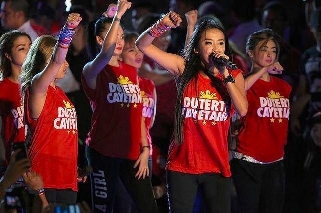 Chân dung nữ trợ lý gợi cảm của Tổng thống Philippines