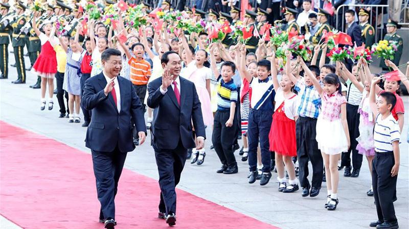 Hình ảnh ngày đầu tiên thăm Trung Quốc của Chủ tịch nước