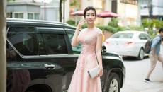 Hoa hậu Đỗ Mỹ Linh diện đầm xinh như công chúa