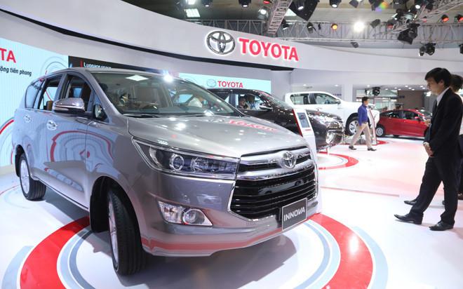 Nhiều mẫu ô tô tiếp tục giảm giá mạnh trong tháng 5