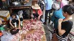Bán thịt lợn giá rẻ bị hắt dầu luyn: Chen chân ủng hộ chị Xuyến
