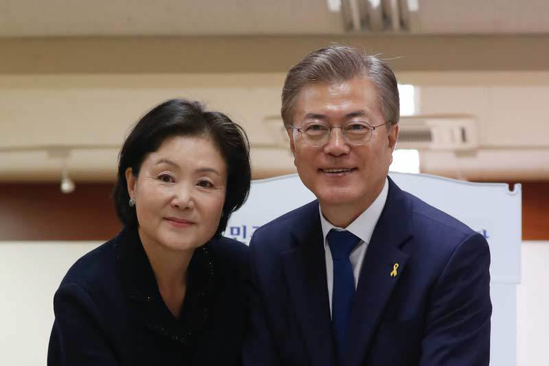Tân tổng thống Hàn Quốc,Moon Jae-in,Kim Jung-suk