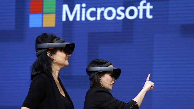 Microsoft, kính VR, thực tế ảo, tăng cường thực tại ảo, Facebook