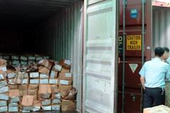 4 container chứa shisha và lá khát bị phát hiện