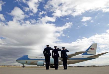 Chuyên cơ Tổng thống Mỹ suýt gặp họa vì kỹ sư Boeing