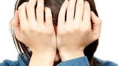 Bị bạo lực gia đình, tôi có nên im lặng?