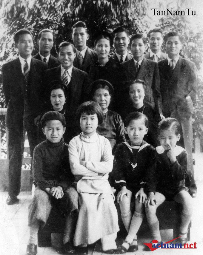 Nhà thơ Nguyễn Nhược Pháp, Em đi chùa Hương, cuộc đời