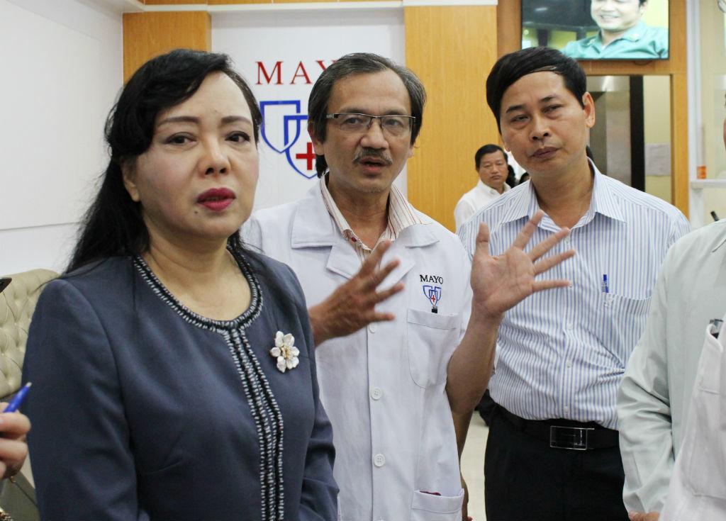 bác sĩ Trung Quốc, phòng khám bác sĩ Trung Quốc, Bộ trưởng Y tế, Sài Gòn