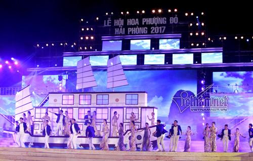 Hải Phòng lộng lẫy trong Tổng duyệt Lễ hội Hoa Phượng Đỏ