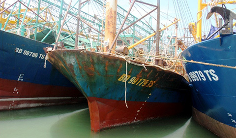 tàu vỏ thép