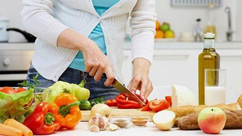 Cách chế biến thực phẩm tránh bị ngộ độc trong mùa hè