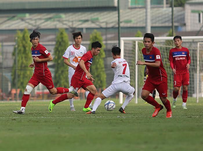 U22 Việt Nam vs U20 Argentina, HLV Hữu Thắng, Công Phượng, U20 Argentina