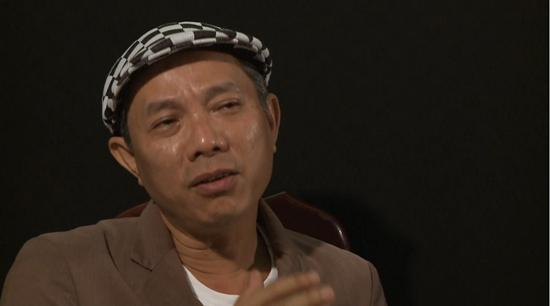 Nghệ sĩ Trung Dân bị xúc phạm và cắt sóng, BTC và Hương Giang nói gì?