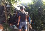 Xe đầu kéo lật trên đèo Lò Xo, 3 người mắc kẹt