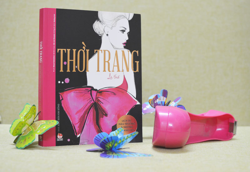 Cuốn sách không thể bỏ qua của fan cuồng thời trang