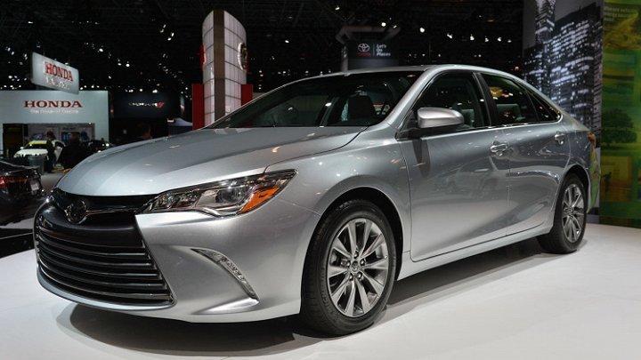 Ô tô Toyota đồng loạt giảm mạnh chưa từng có
