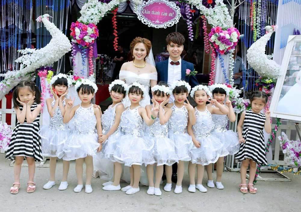 Dân mạng phát sốt với clip cô dâu múa trong đám cưới