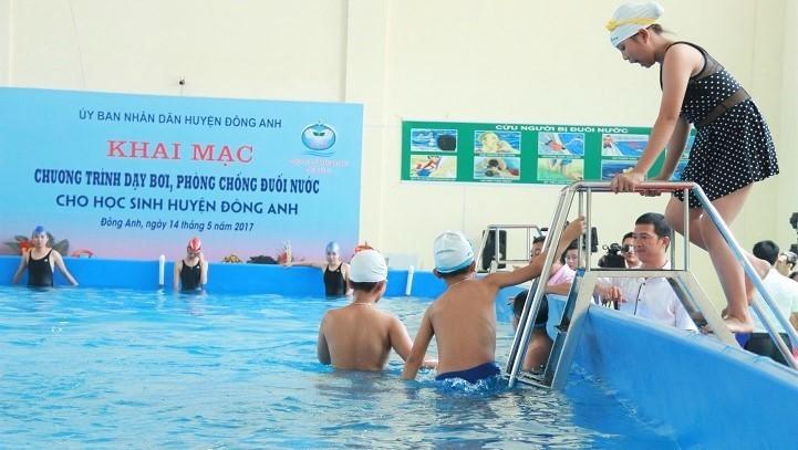 """Nhà trường trang bị bể bơi """"di động"""" phòng chống đuối nước"""