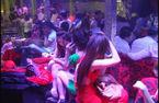 Đột kích tụ điểm ăn chơi ở Sài Gòn, 25 người dương tính với ma túy