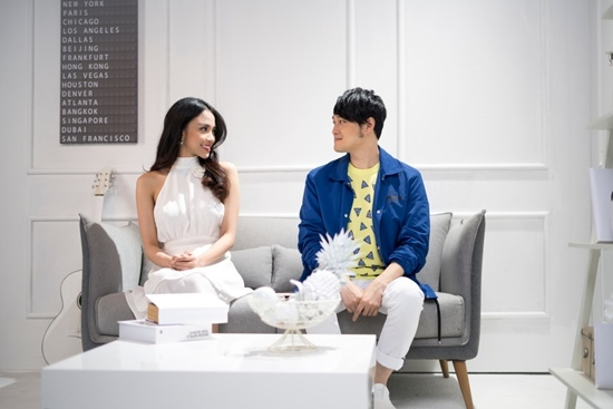 Quang Vinh mời hotgirl The Face làm 'bạn gái'