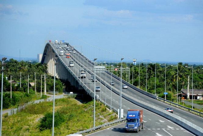 Chính thức thu phí kín cao tốc TP.HCM-Long Thành-Dầu Giây