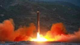 Video vụ phóng tên lửa Triều Tiên gây chấn động
