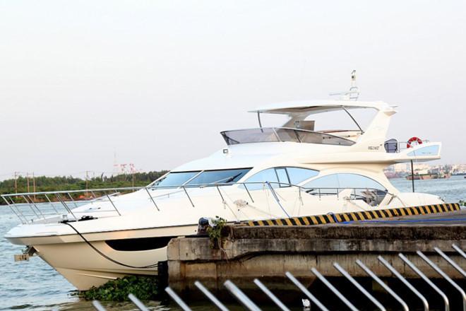 Du thuyền triệu đô, du thuyền, Tăng Thanh Hà, Hà Tăng
