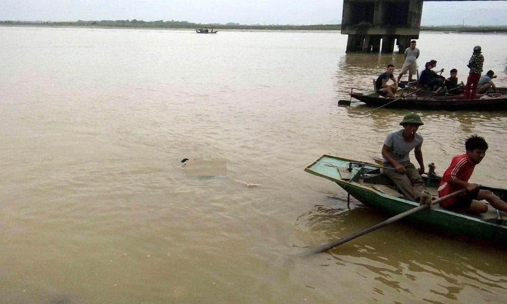 nhảy cầu, tự tử, tự vẫn, sông Lam, Nghệ An