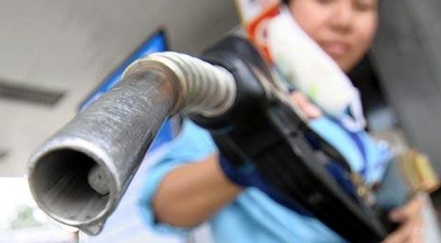 giá xăng dầu, thuế bảo vệ môi trường, thuế nhập khẩu xăng dầu, tăng thu