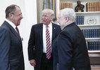 Tổng thống Donald Trump thừa nhận tiết lộ thông tin cho Nga