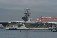 Xem tàu sân bay sắp thay tàu vừa gây 'sóng gió' ở bán đảo Triều Tiên