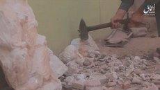 Video phiến quân IS dùng búa đập nát cổ vật