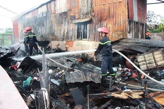 cháy nhà ở Sài Gòn, hỏa hoạn, giải cứu, sài gòn, cháy nhà, cứu hộ