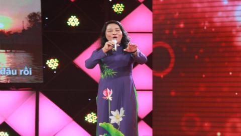 Tiết mục dự thi của cô Hoàng Thị Phấn