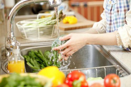 rửa rau, rửa rau đúng cách, rau sạch, rau củ, hướng dẫn rửa rau, thực phẩm
