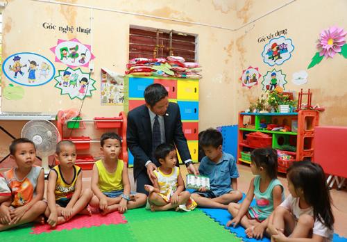 Chubb Life tài trợ 2,5 tỷ xây trường học ở Quảng Bình - ảnh 2