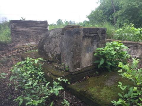Thực hư khối vàng bạc châu báu trong ngôi mộ cổ ở Tiền Giang