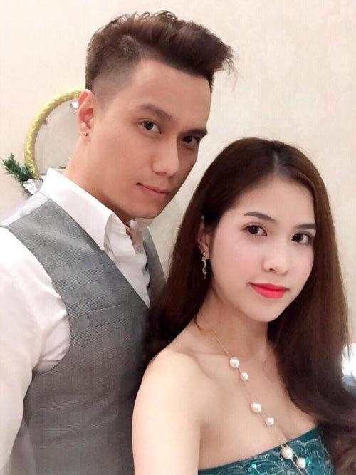 Diễn viên Việt Anh lên tiếng về tin đồn ly hôn vợ kém 9 tuổi