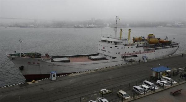 Mỹ đòi cô lập, Nga vẫn mở đường phà sang Triều Tiên