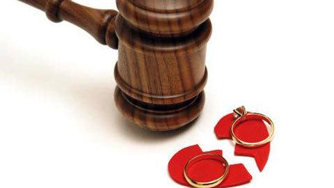 Sẵn sàng quỳ gối chịu nhục, vẫn bị vợ đòi ly hôn - ảnh 2