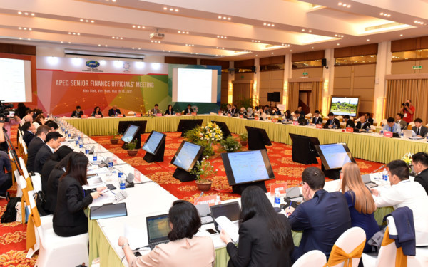 Quan chức Tài chính APEC dự báo triển vọng kinh tế khu vực