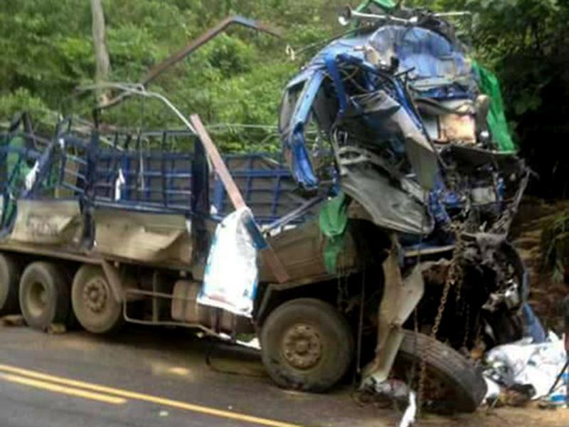 tai nạn, tai nạn giao thông, tai nạn chết người, hôi của, Hòa Bình